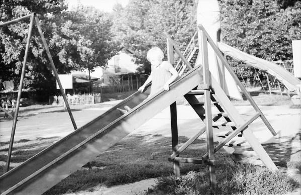 1967_08_na_placu_zabaw_zniwiarze (1)