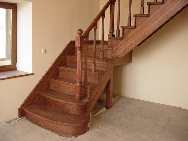 Лестница своими руками: деревянные и другие изделия ...