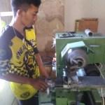 Peserta Kursus Korter Bengkel NBS Jogja Asal Palu Belajar Teknik Bubut Silinder Mentah