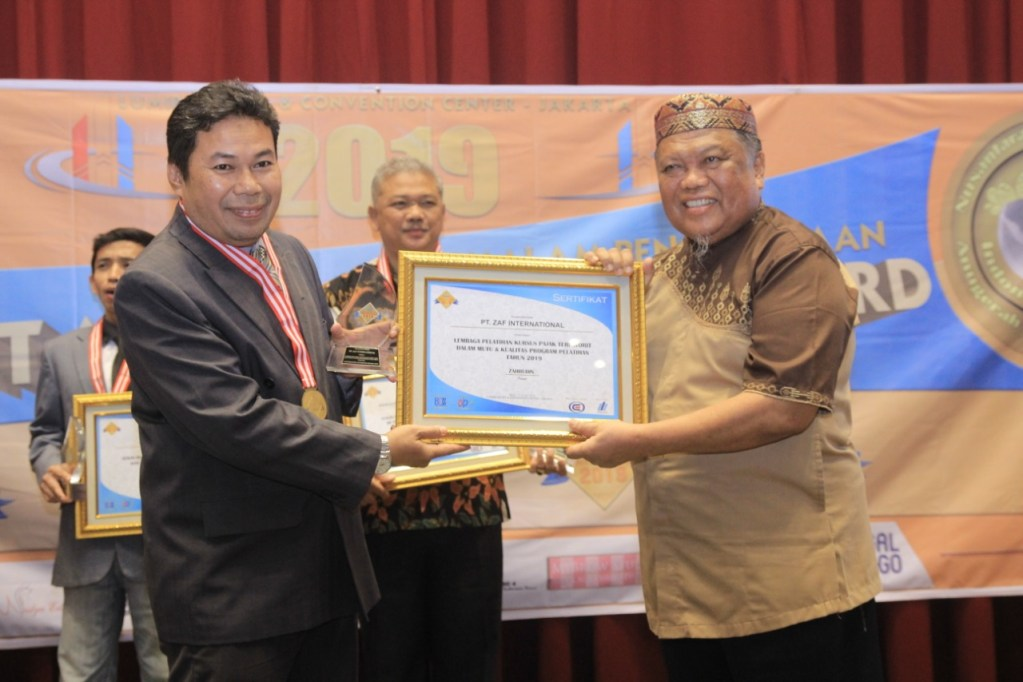 "PT. ZAF GLOBAL INTERNATIONAL Dianugerahi ""The Best Training Consultant In Service Excellent Of The Year"""