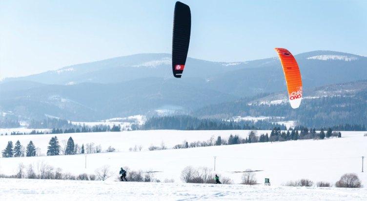 Orava snowkite Challenhe - race kites