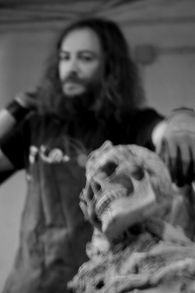 El escultor y la muerte