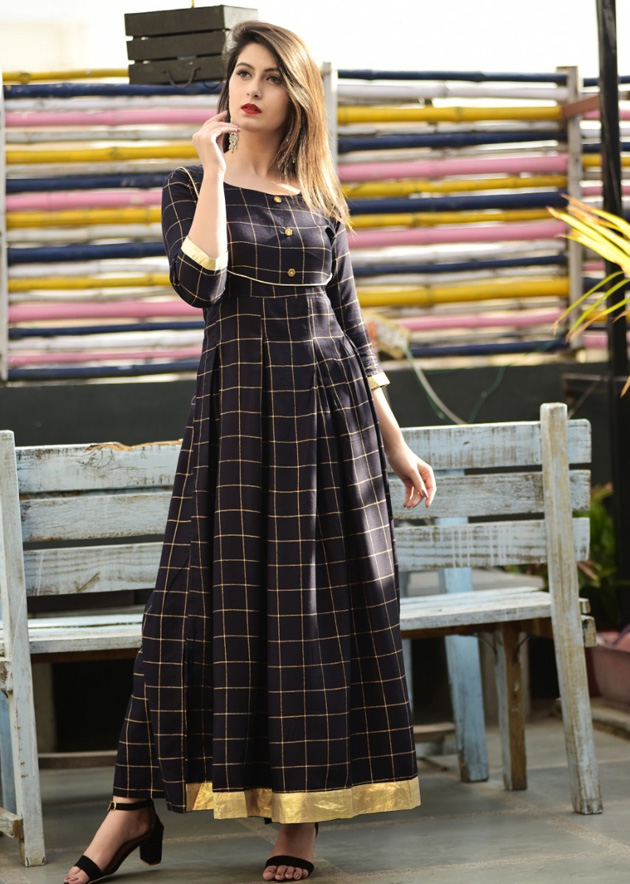 Black long kurti in checkered pattern