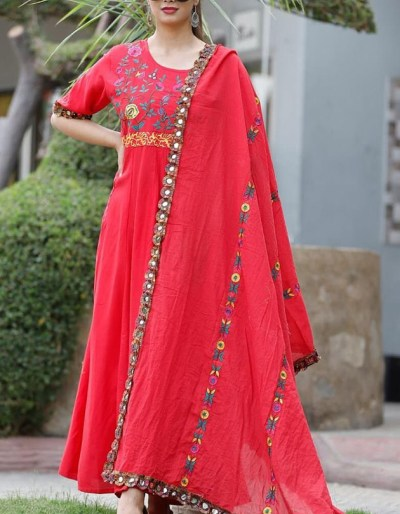Rayon kurti and dupatta with gotta and embroidery work