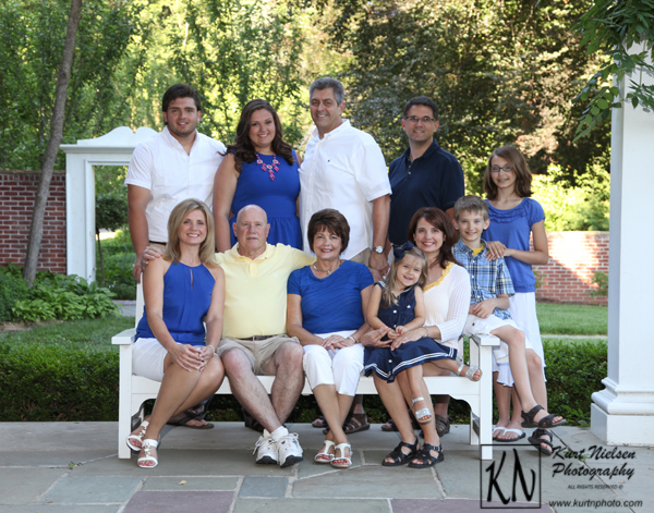 outside family photos