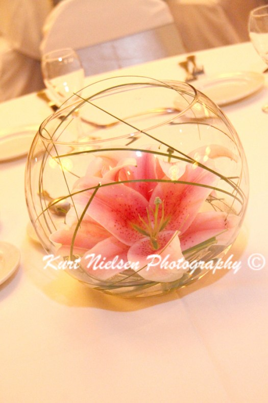 asian lilies centerpieces
