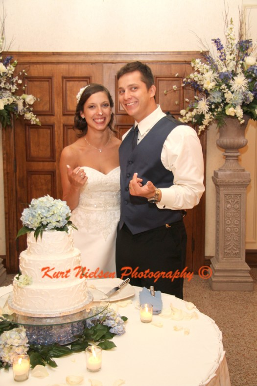 photos after cake cutting