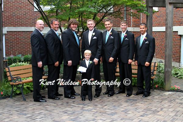 outside wedding photos