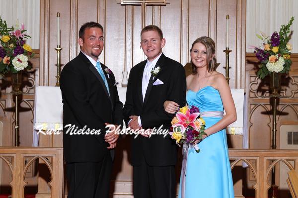 groom sibling photos
