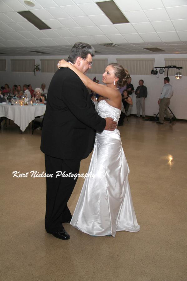wedding and portrait photographers in Toledo