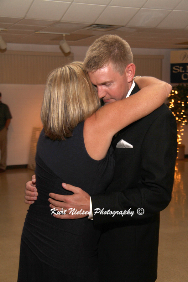 toledo wedding photojournalist
