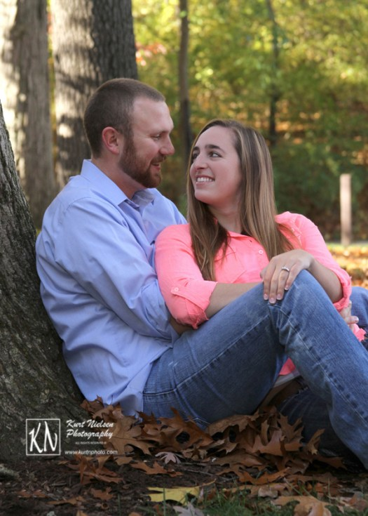 fall engagement pictures in the park