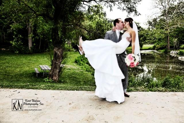 The Best Wedding Photographers in Toledo Ohio