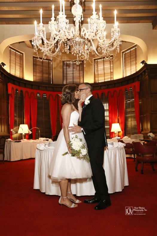 Wedding photography in the Red Room at the Toledo Club