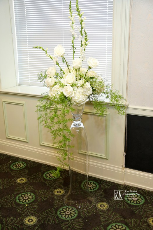 white roses and white hydrangeas
