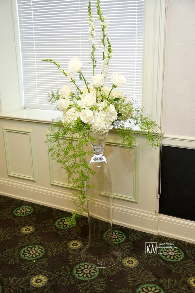 white roses and white hydrangeas