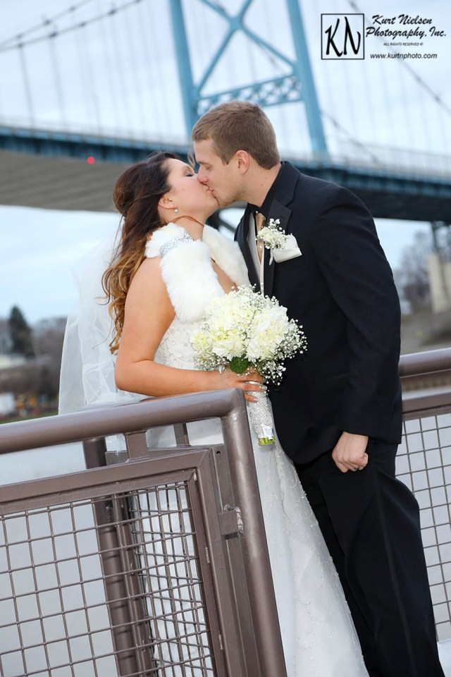 award winning wedding photorapher