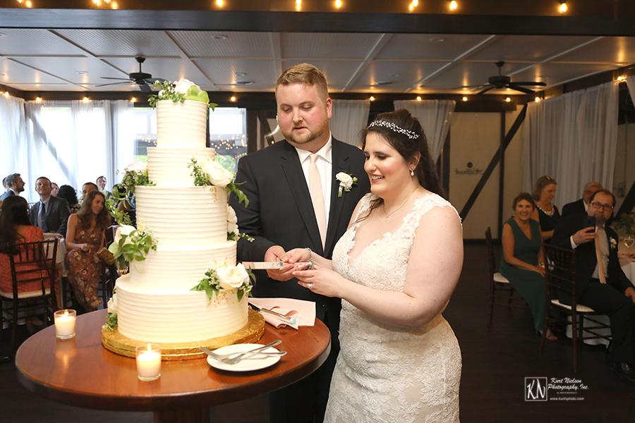 Cleveland Wedding Cake by Luna Bakery and Cafe