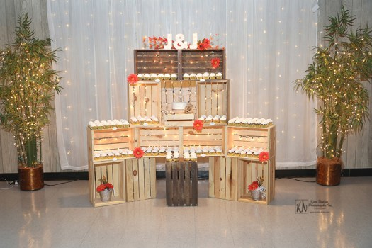 wooden crate cupcake display