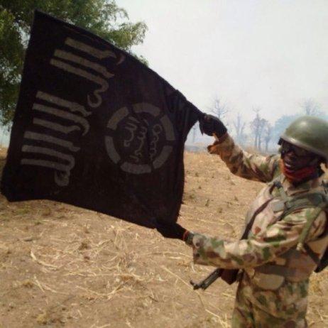 13 variante drapeau EI Nigeria