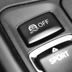 Mengenal Teknologi Kontrol Traksi Pada Mobil