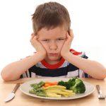 Anak Sulit Makan? Gunakan Trik Ini untuk Menyemangatinya
