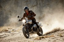 P90203120_highRes_the-new-bmw-r-ninet-