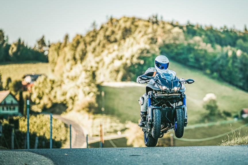 Yamaha NIKEN – Ein Bike vom anderen Stern?