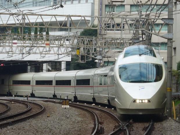 世紀の大工事!小田急線について調べてみた