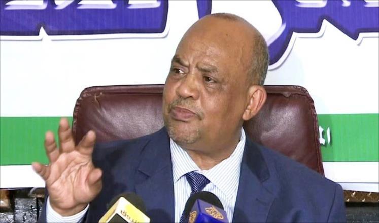 كمال عمر : هناك جهات تراقب مكالمات السياسيين