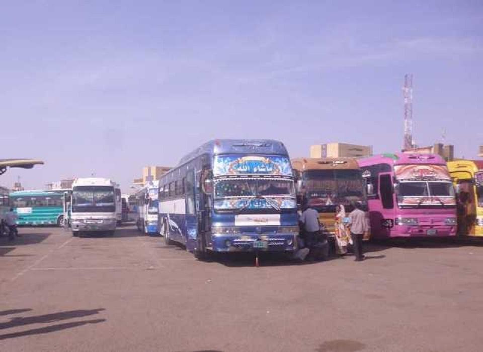 مصرع وإصابة (11) شخصاً بينهم مصري في حادث مروري شمال دنقلا