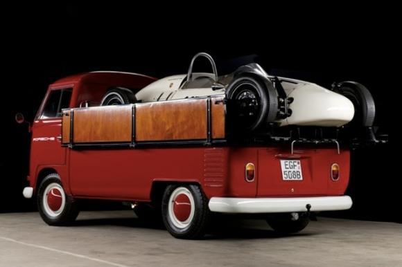 1965_Volkswagen_Single_Cab_Transporter_For_Sale_Rear_resize