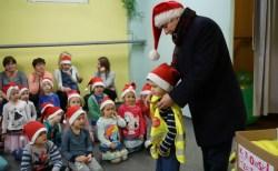 Miejski mikołaj odwiedził kutnowskie przedszkola