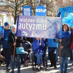 Światowy dzień autyzmu: nawet niebo było niebieskie