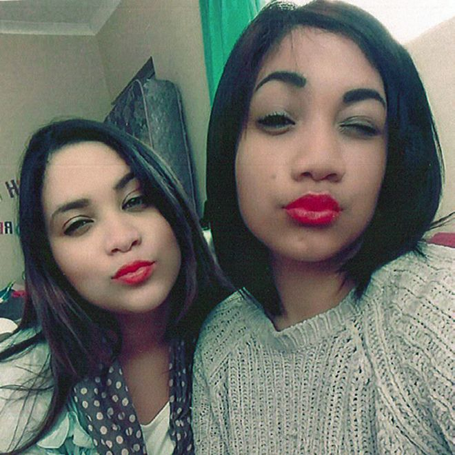 Miché and sister