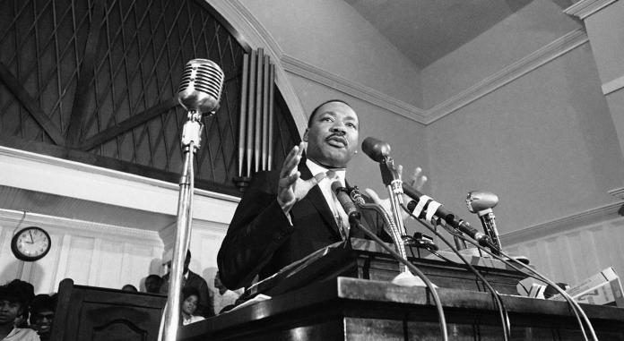 Martin Luther King speaks in Atlanta in 1960 (photo: AP)