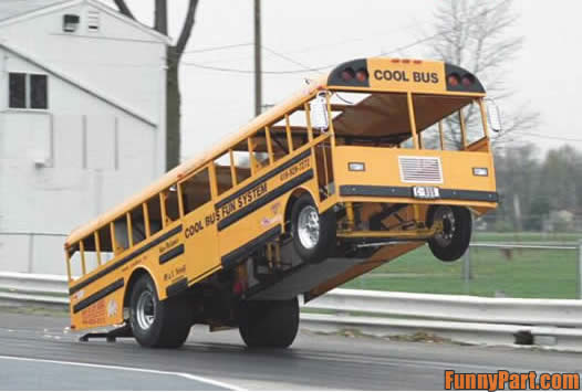 FunnyPart-com-cool_school_bus