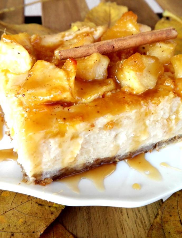 Pečeni čizkejk sa jabukama