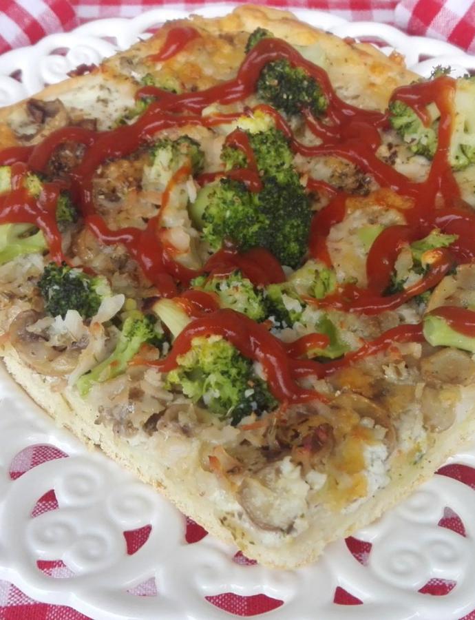 Pica sa brokolijem i mocarelom