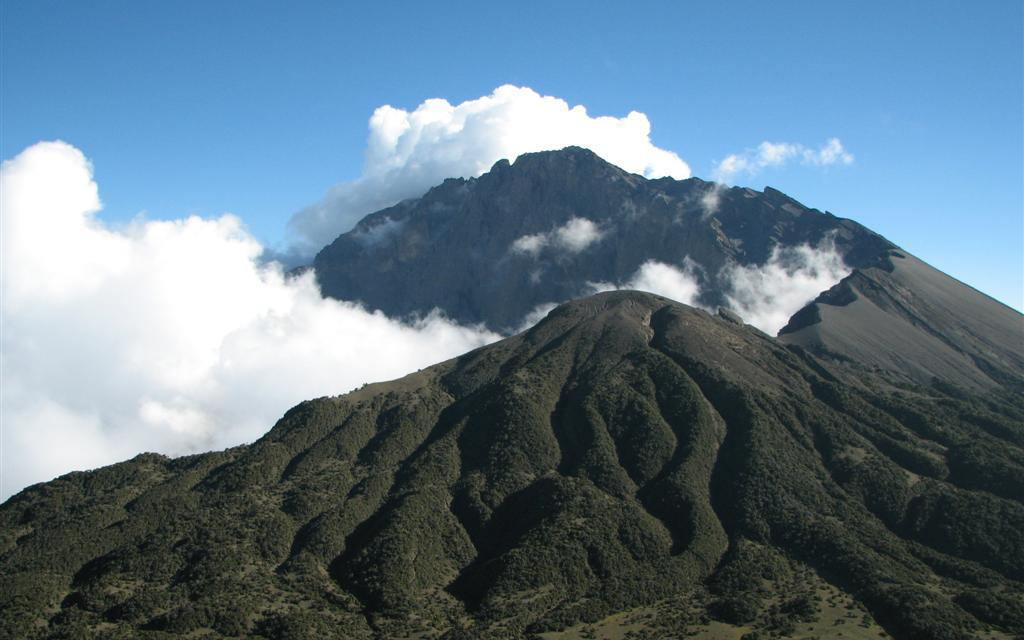 3 Day Trekking Mount Meru Tanzania