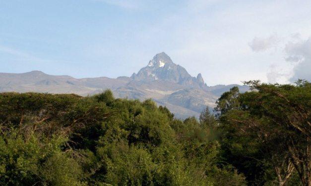 Mt. Kenya: Chogoria – Sirimon Rout