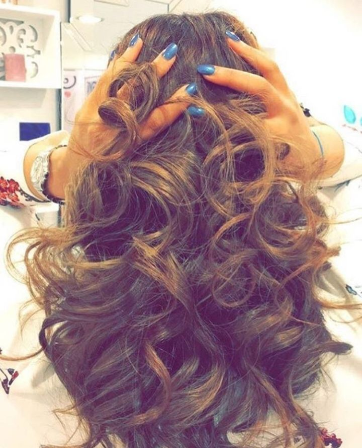 صالون متخصص بعلاجات الشعر و الاظافر