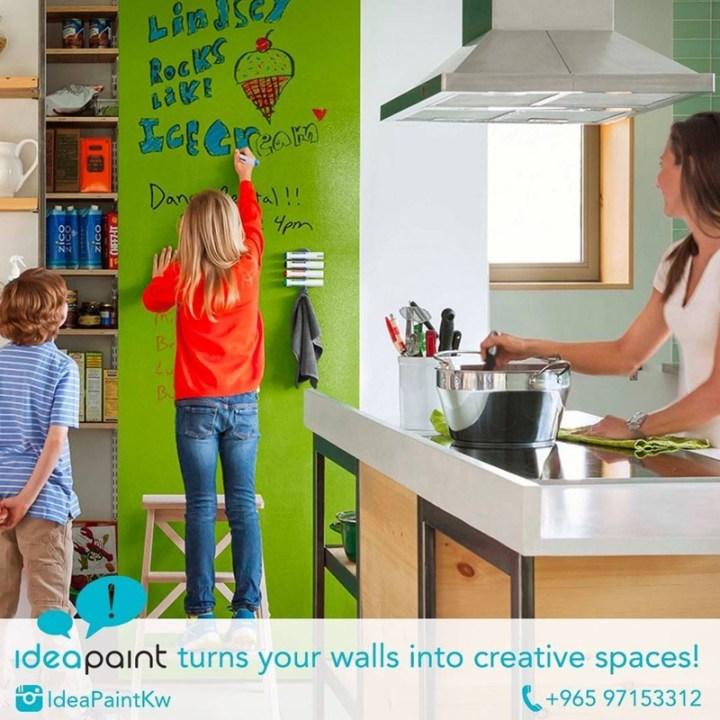 اكتب وإمسح على الحوائط