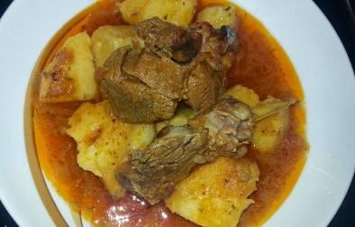 Mish qengji me patate - Bukurie Nexhipi - KuzhinaIme.al