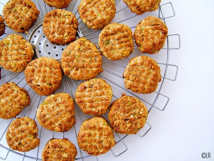 Rooster met eigengemaakte amandel-pistache koekjes