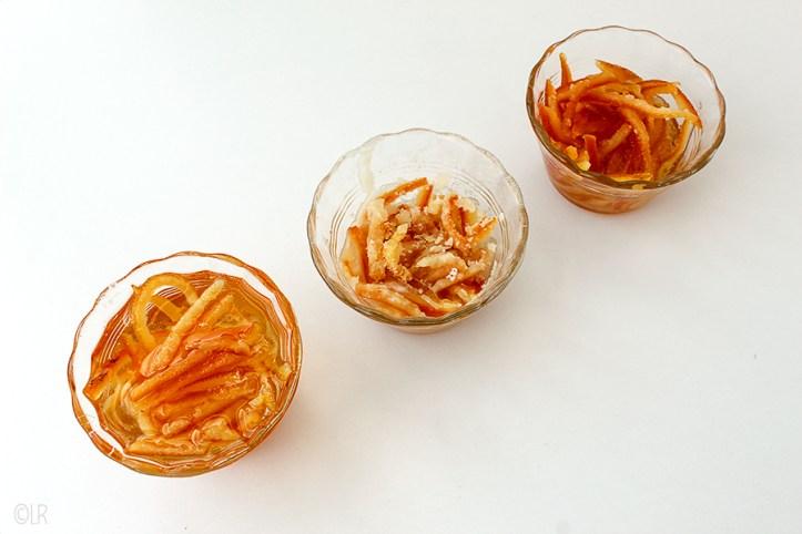 Gekonfijte sinaasappelschil gemaakt met 3 verschillende recepten.