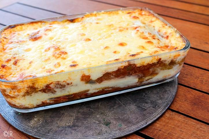 Een heerlijke lasagneschotel met blaadjes witlof in plaats van pastavellen.