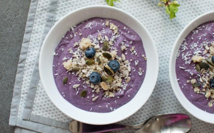 quinoa smoothie bowl