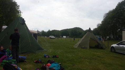 Tälten där deltagare och ledare skulle sova var redan på plats när vi kom fram