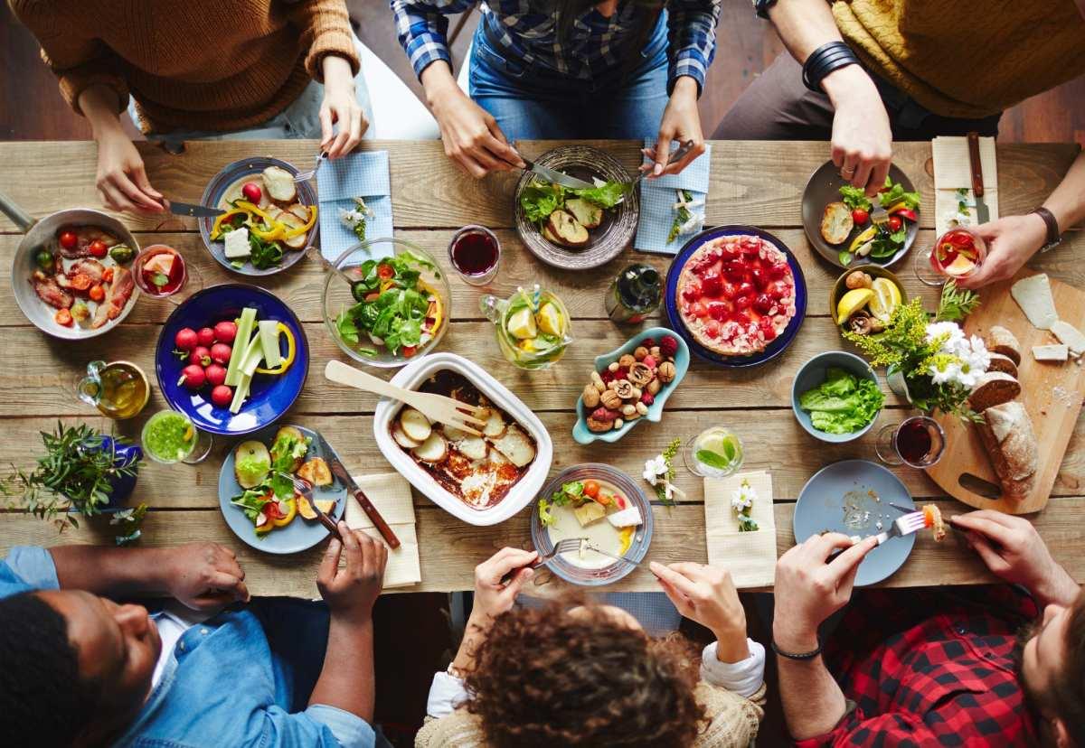 89.5 KVNE East Texas Christian Radio Neighbor's Table Heard On Air Blog Featured Image